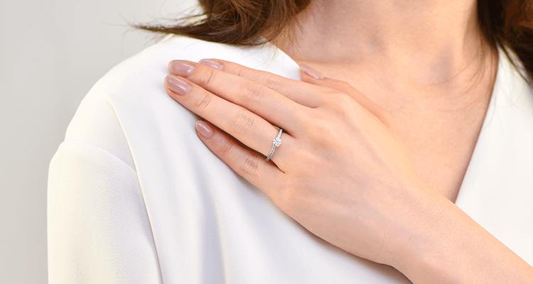 婚約指輪 コロナーレ3
